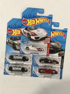 Hot Wheels Porsche 918 Spyder - Target Red Edition