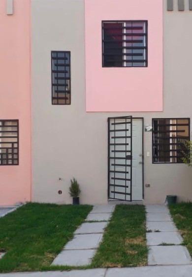 Casa En Renta En Ciudad Del Sol, Valle De Santiago Iii