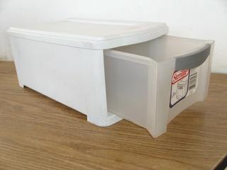 Cajon Caja Sterlite Ultra Para Accesorios #b682