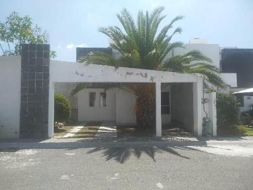 Casa En Remate Bancario En Pirámides, Mediterraneo 220