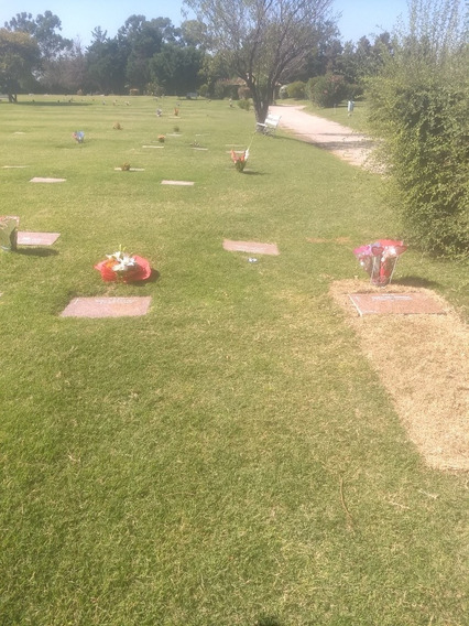 Parcela Cementerio Privado !!las Praderas!!!!