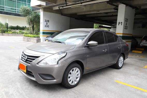 Nissan Versa Advance 2017