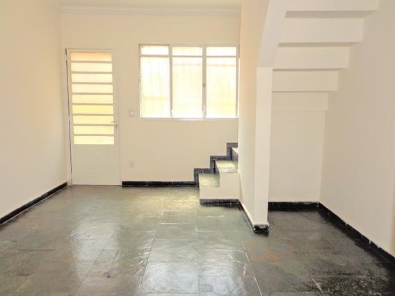 Casa Geminada Com 2 Quartos Para Comprar No Heliópolis Em Belo Horizonte/mg - 1939