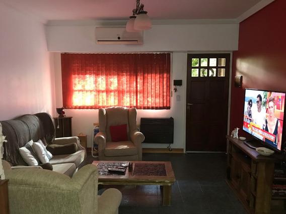 Venta De Hermoso Duplex De 4 Ambientes Y 2 Baños