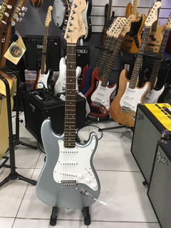 Squire Stratocaster Affinity Gris Nortvision Tucuman