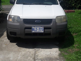 Vendo Ford Escape 2002. O Cambio Por Montero 4x4