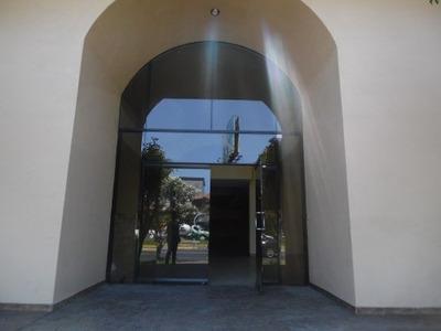 Cjr Renta Por M2, Amplio Espacio Para Configurar Tus Propias Oficinas, Zona Urbana Río Tijuana En T