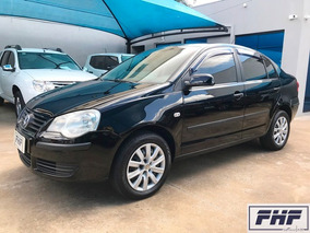 Volkswagen Polo Sedan 1.6 Total Flex 4p