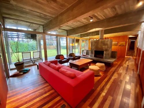 Venta De Casa 4 Dormitorios En La Arbolada, Punta Del Este