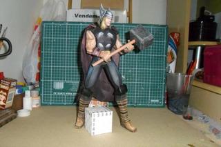 Thor 2 De 45 Cm (para Armar En Papel)