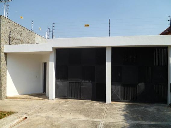 Casa En Venta Trigal Centro Valencia Codigo 19-8178 Ddr
