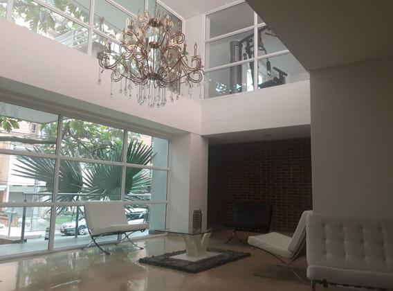 1142365p Venta Penthouse Laureles