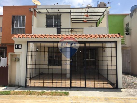 Renta Casa En Condominio En Paseo De Caobas Col Cedros