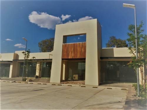 Local En Renta Al Norte, Blvd. Manuel J Clouthier / Jesus Ma