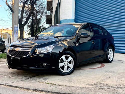 Imagen 1 de 15 de Chevrolet Cruze