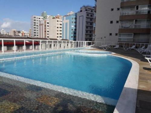 Belíssimo Apartamento Boqueirão, P.g. Ref. 4968 M H