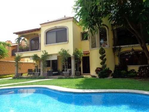 Hermosa Casa Junto Al Rio, Cuernavaca Morelos.