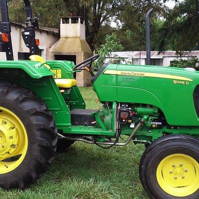 Tractor John Deere 5045d, Año 2018 Con 850 Horas De Uso