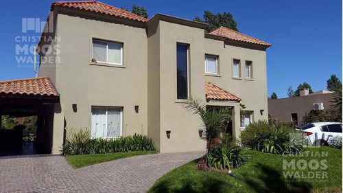 Casa Barrio Cerrado Acacias Blancas Cristian Mooswalder Negocios Inmobiliarios