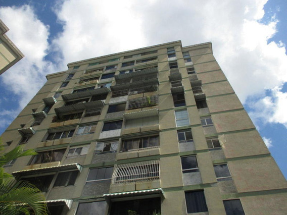 Apartamento En Venta Rent A House Código 20-1195