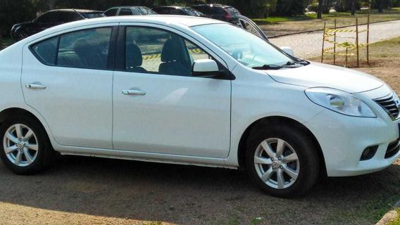 Nissan Versa Sl 1.6 | Branco | Câmbio Manual- Completo!