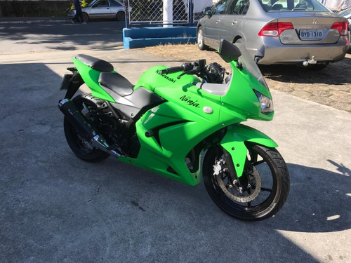 Imagem 1 de 8 de Kawasaki Ninja 250r Ano 2011