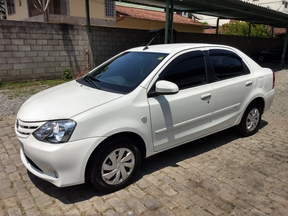 Toyota Etios 1.5 16v Xs Aut. 5p 2017