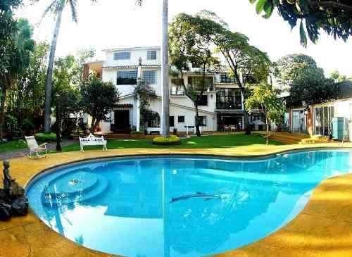 Excelente Residencia En Quintas Martha