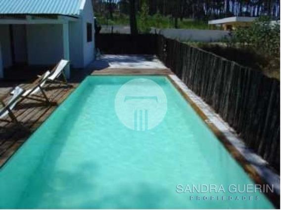 Casa En Montoya, 4 Dormitorios *- Ref: 28809