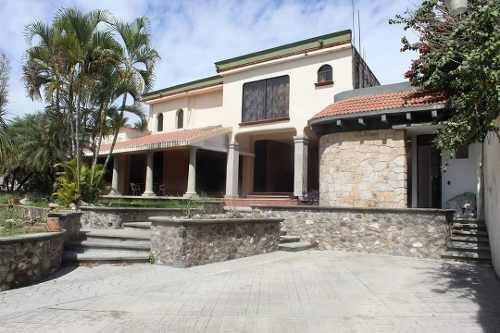 Casa En Privada Excelente Ubicación, Galeana, Zacatepec, Mor