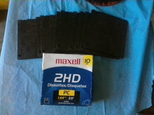 Diskettes/ Disquetes Maxell