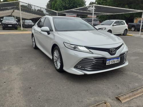 Toyota Camry V6 2019 - Usado