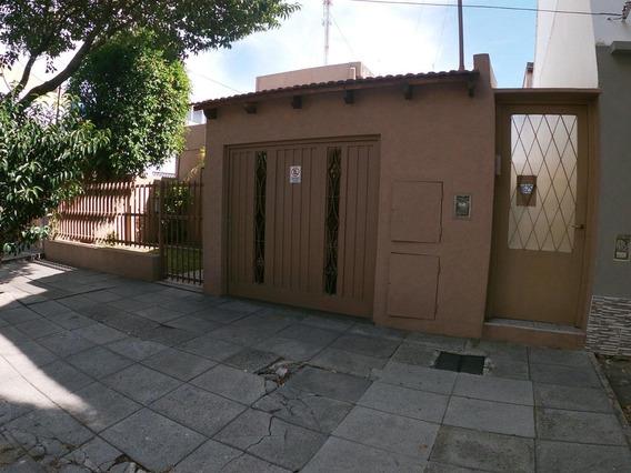 Venta Casa Al Fondo 3 Ambientes Con Patio Y Amplia Terraza