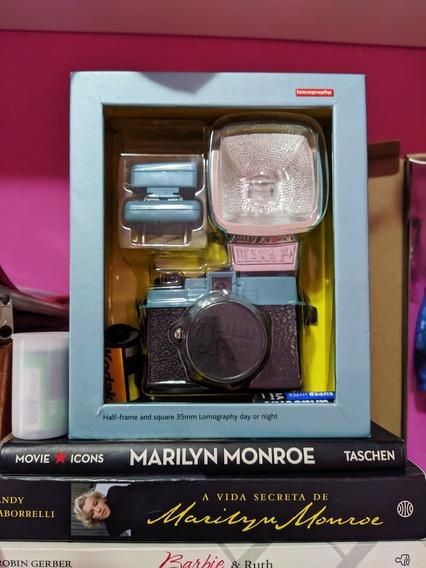 Câmera Lomo Diana Mini Clássica