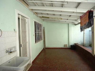Casa Térrea - 2 Dorm - 1 Vaga - Quintal - Cód 35