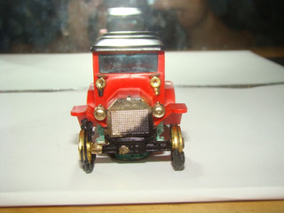Tomy Made In Japan Calhambeque B912
