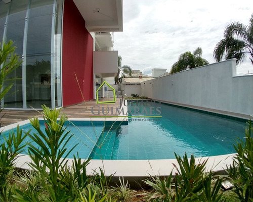 Apartamento Semi-mobiliado, À Venda Á 600 Metros Da Praia Em Jurerê, Residêncial, Florianópolis Sc - Ap00502 - 33730832
