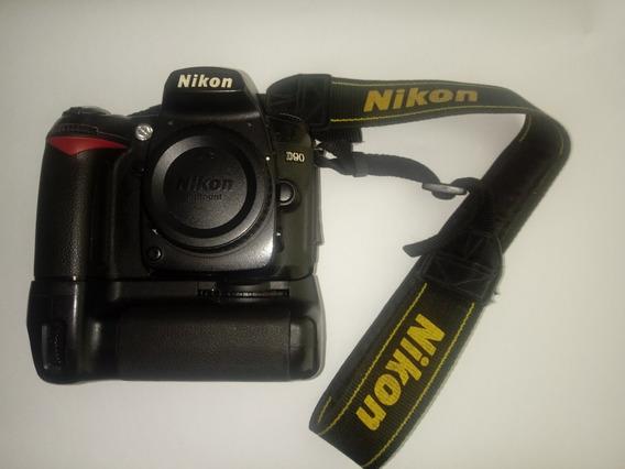 Câmera Fotográfica Nikon D90 Com Lente E Grip