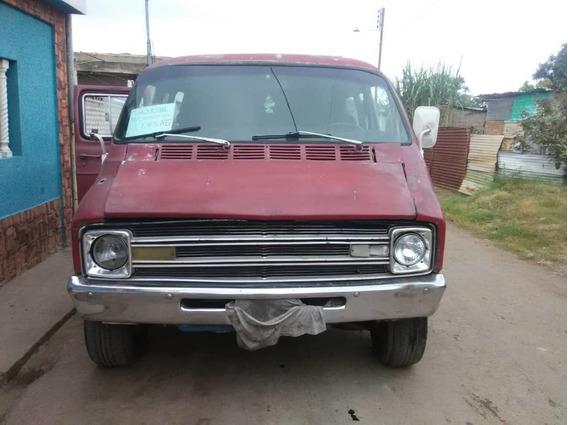Camioneta Dodge Van Motor318 Caja727 Vinotinto