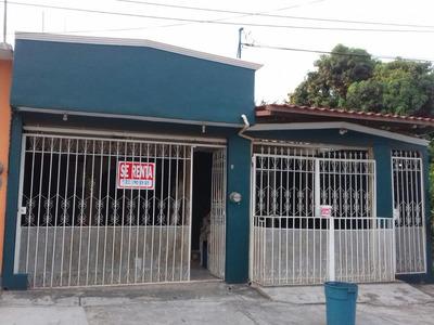 Casa De 3 Recamaras Frac. Jacarandas, Cosoleacaque. Ver