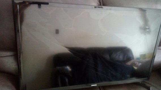 Smart Tv 32 Samsung Display Trincada-quebrada