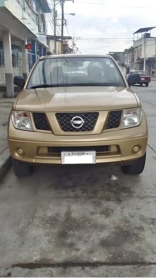 Camioneta Nissan Navara 4 Puertas 4x4 Diesel, Color Dorado