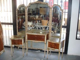 Dormitorio Frances Luis Xvi Con Marmol Antiguedades El Rodeo