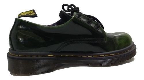 Zapatos Nacionales, Nival Charol Verde