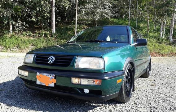 Volkswagen Modelo 1996 Americana