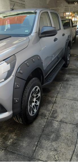 Toyota Hilux 2.8 Tdi Cabina Doble Mt