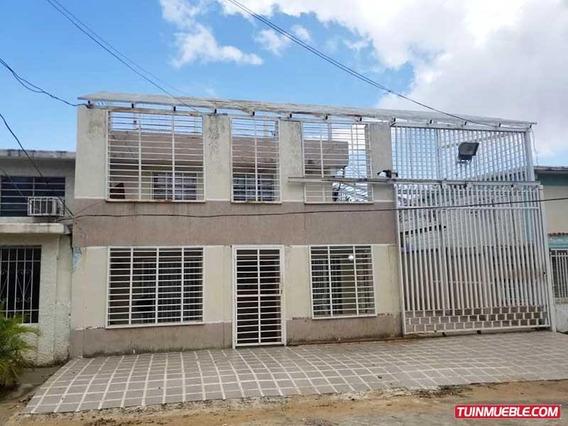 Casa De 2 Niveles En Manoa, San Félix