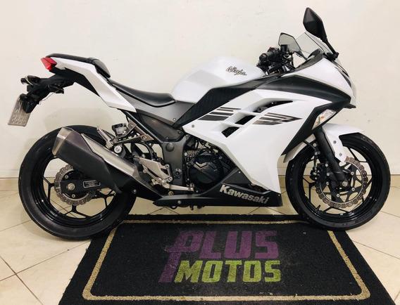 Kawasaki Ninja 300 Ano 2017, Garantia De 3 Més Pela Loja