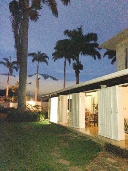 Se Vende Casa 800m2 5h+3s/7b/12p Valle Arriba