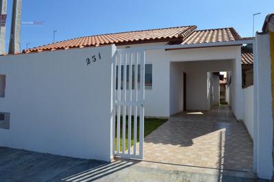 Casa A Venda No Bairro Parque Daville Em Peruíbe - Sp. - 471-1